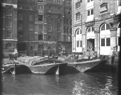queenhithe-dock-1923